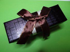 Kulcstartó + Feltöltő kapszula ajándékdobozban